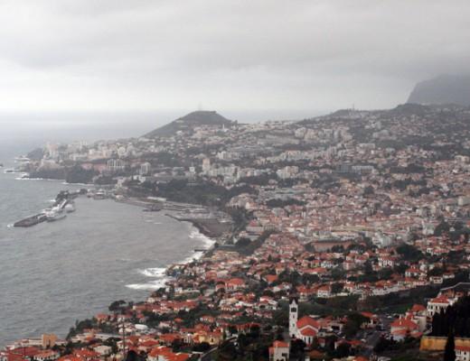 Astor im Hafen von Funchal Madeira