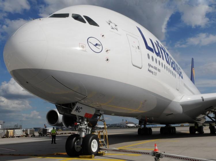 """Lufthansa Airbus A380 D-AIMC """"Peking"""""""