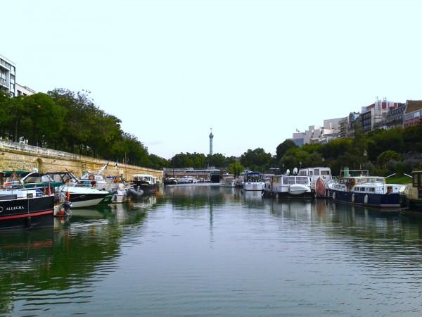 Der Hafen Port de l'Arsenal bei der Bastille