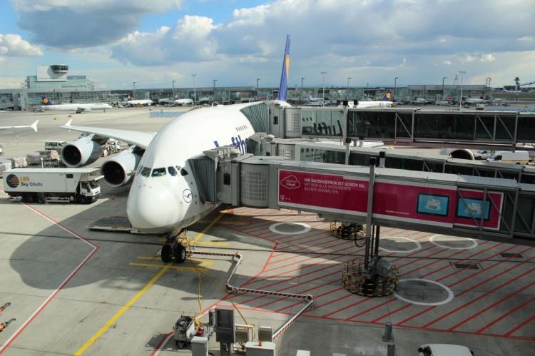 LufthansaBusinessClassAirbusA380001