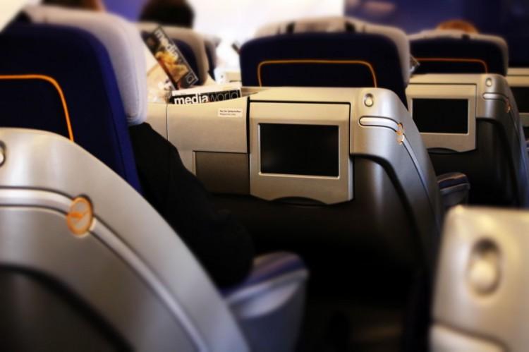 LufthansaBusinessClassAirbusA380003