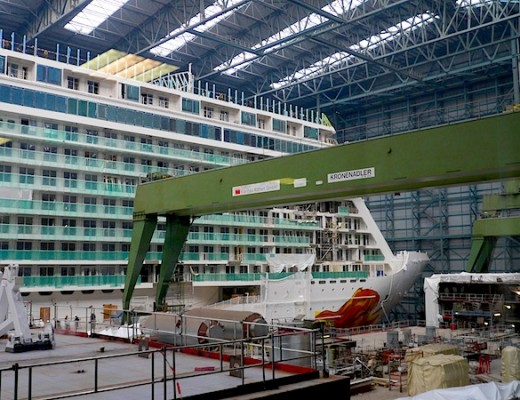 Norwegian Getaway im Dock in der Meyer Werft