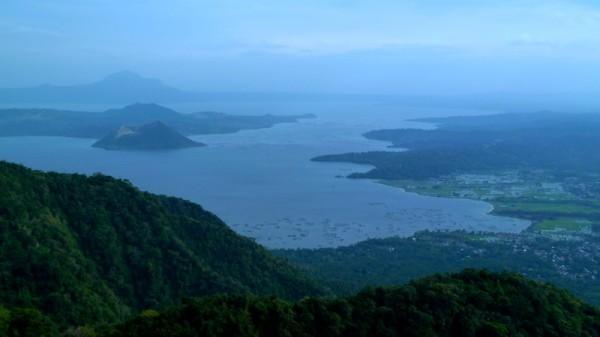 Der Taal-Kratersee auf den Philippinen