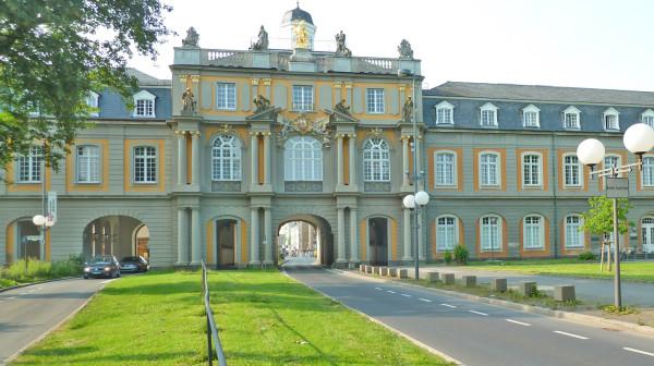 Das Koblenzer Tor in Bonn