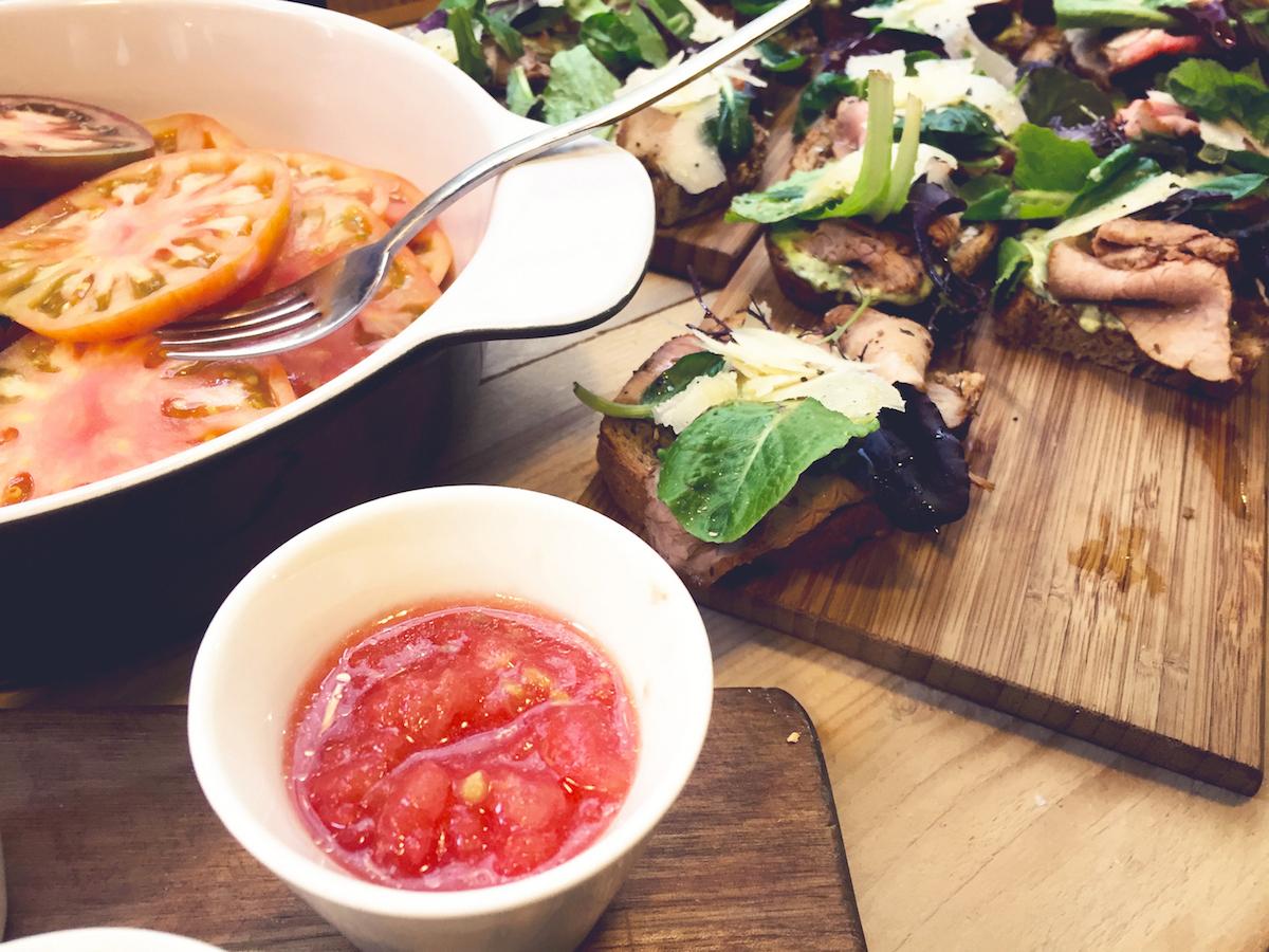 Tostada-Con-Tomate