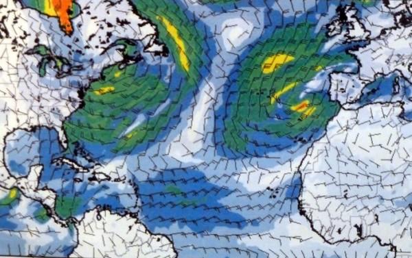 EIn Unwetter zeichnet sich auf der Wetterkarte ab