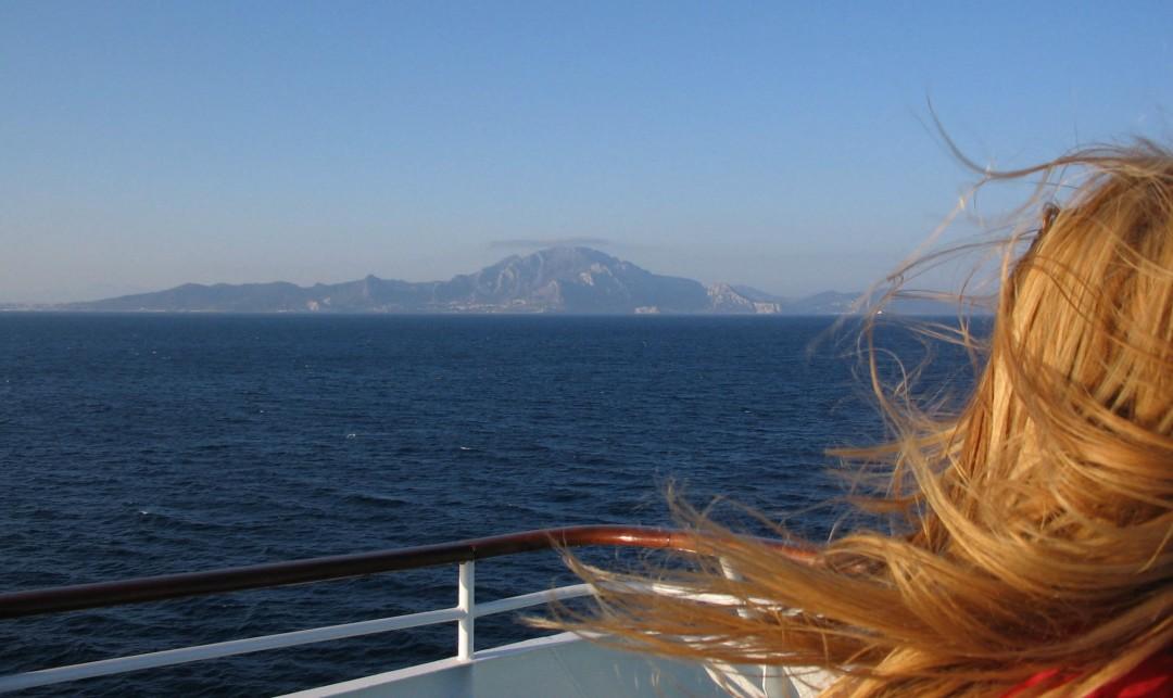 Strasse von Gibraltar am Horizont