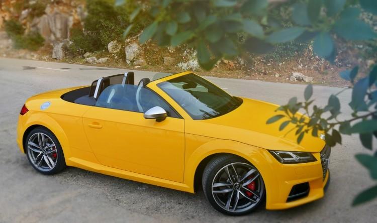 Audi_TTRS-Roadster.jpg