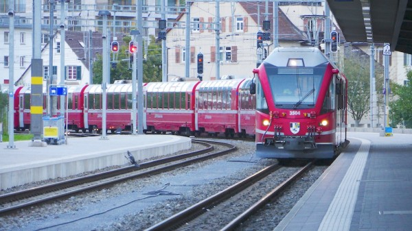 Bernina Express in Chur am Bahnhof