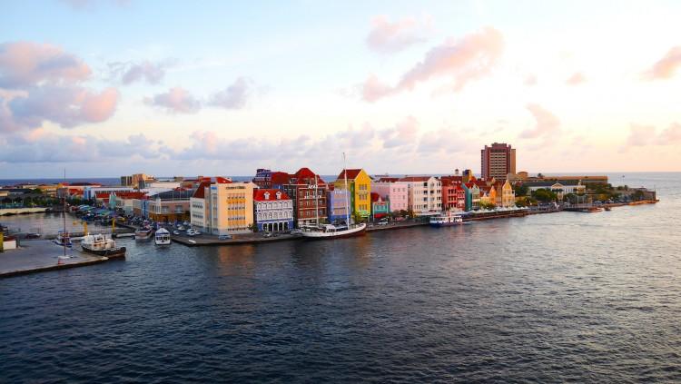Dolphin-Academy-Curacao-3