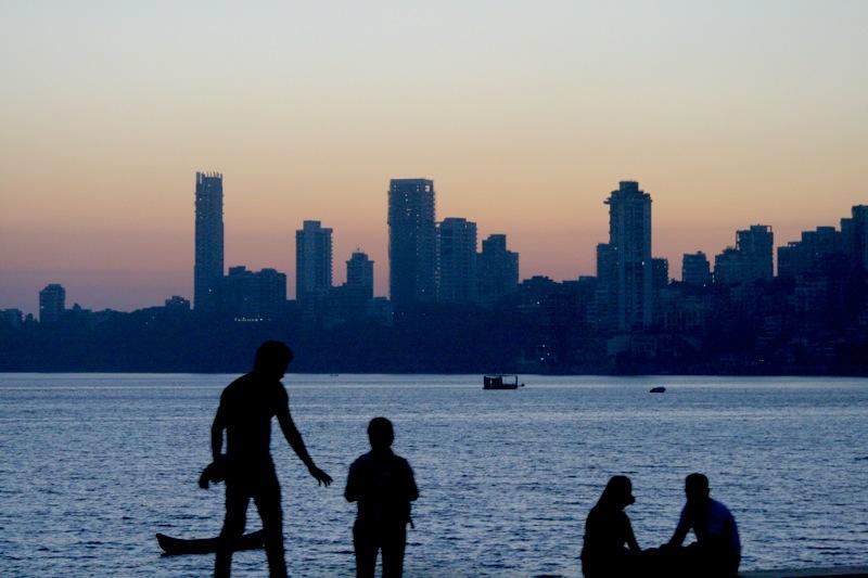Die Skyline von Mumbai am Marina Drive