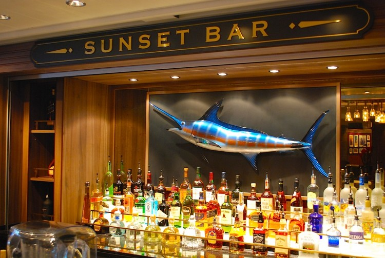 Norwegian_Getaway_Sunset Bar