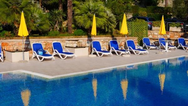 Pool des Hotel Val di Sogno