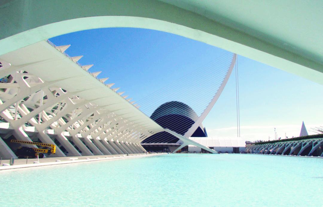 Stadt_der_Kuenste_und_Wissenschaften_Valencia